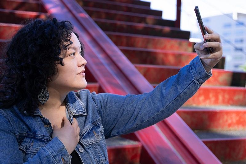 Helena selfie rode trap Visibilitas c MevrYan